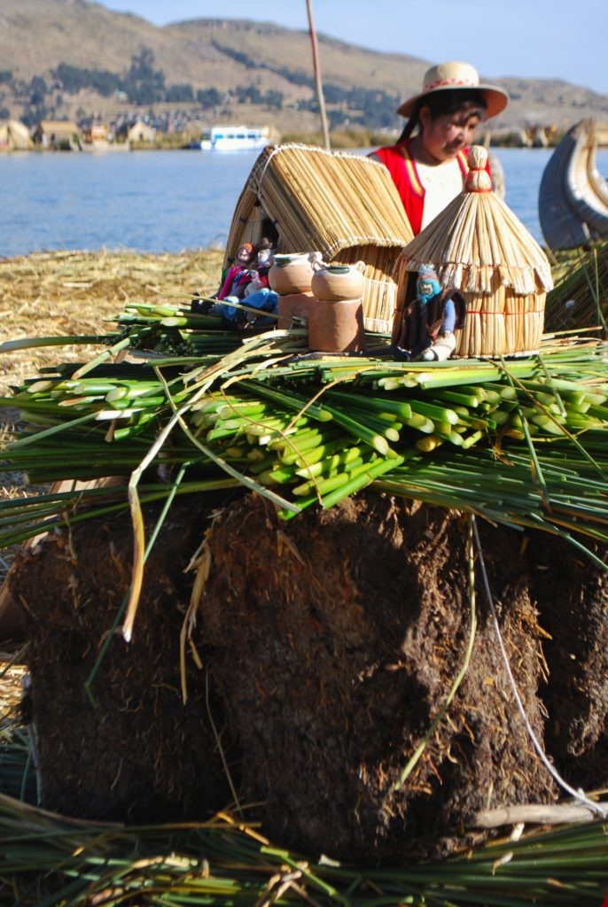 Abitazione tradizionali degli Uros sul lago Titicaca