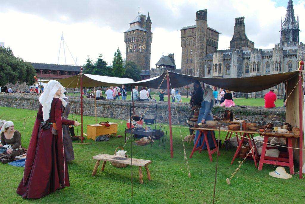 Rievocazione storica nel castello di Cardiff