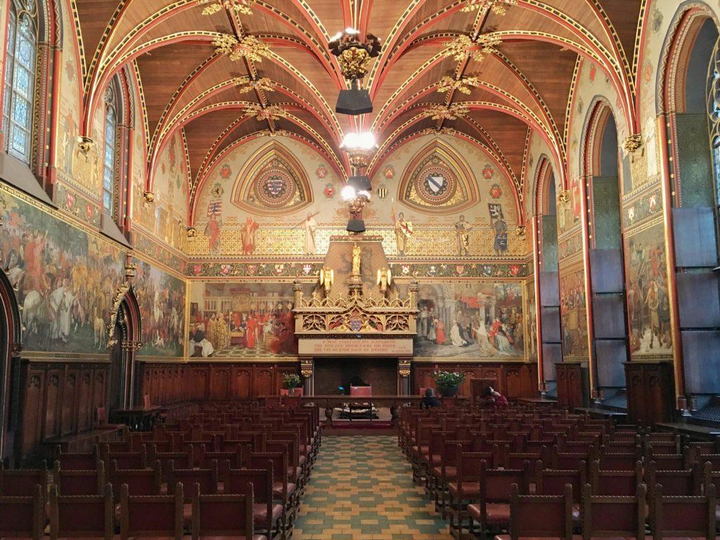 La sala gotica dello Stadhuis di Bruges