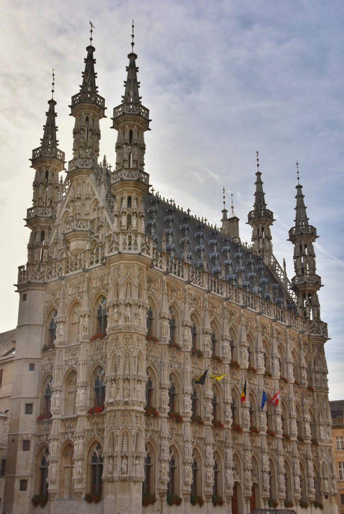 Il meraviglioso edificio Stadhuis di Leuven