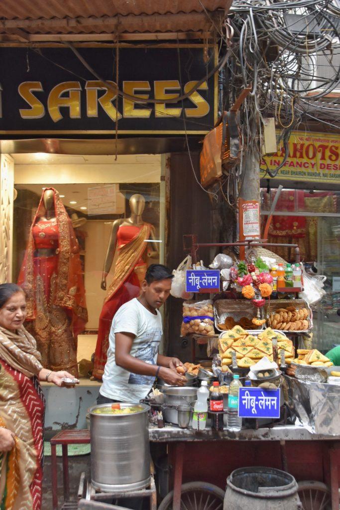 Venditori ambulanti a Delhi